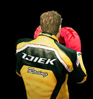 Dead rising boxing gloves throwing (3)