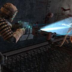 Айзек убивает подрывника из <a href=