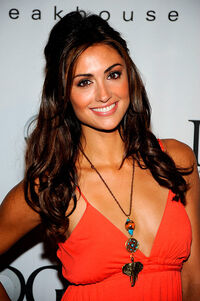 Katie cleary 958284100 599x900