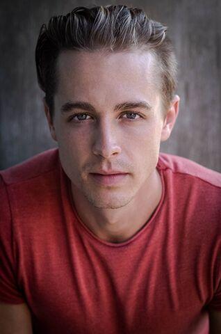 File:LukeOSullivan imdb.jpg