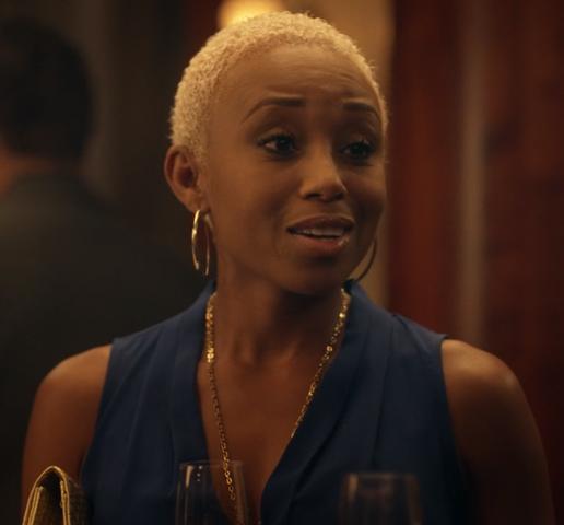 File:1x03 Monique.png