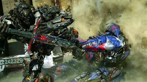 Transformers- Age of Extinction - CLIP- Optimus vs