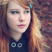 Beautiful,ginger,girl,red,hair,redhead,woman-64bd291ecfec7c428abf7dc4f54d6946 h