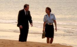 Poole und Lily am Strand