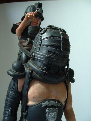 Gung-ho-sci-fi-master-blaser-right-side-close-up