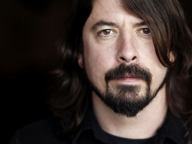 File:Dave Grohl.jpg