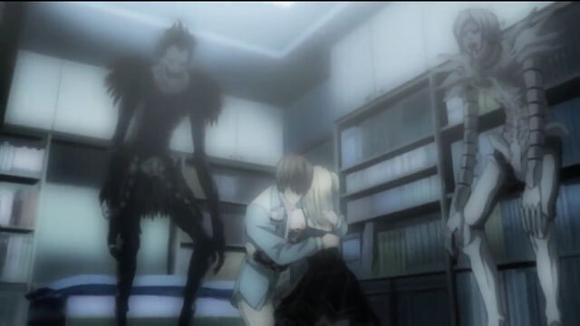 File:Light hugs Misa.jpg