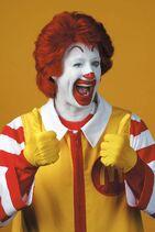 Ronald McDonald 2 thumbs up