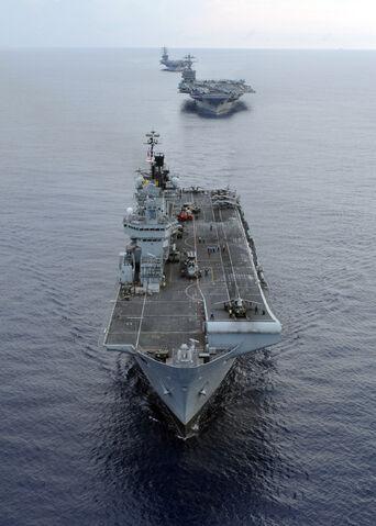 File:HMS Illustrious01.jpg