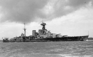 Bestand:300px-British Battlecruiser HMS Hood circa 1932.jpg