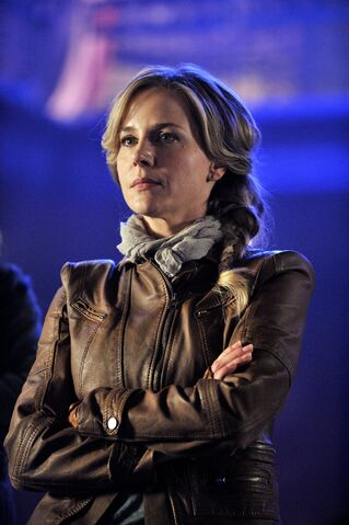 File:016 Pilot episode still of Amanda Rosewater.JPG