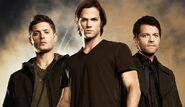 Dean-sam-and-castiel-supernatural-adventures-in-the-world-of-darknes-16723254-600-347