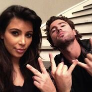 Kim-Kardashian-Bro-Night-with-Brody-Jenner-492x491