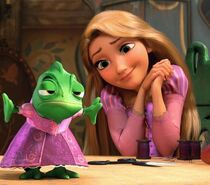 R-p-rapunzel-and-pascal-29584792-720-499