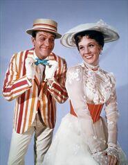 Mary-poppins-1964-10-g-497x640
