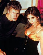 Sebastian-Valmont-Kathryn-Merteuil-Cruel-Intentions-movies-23291697-627-800