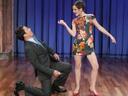Emma-Watson-danced-at-the-Late-Night-with-Jimmy-Fallon-600x448