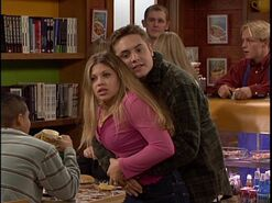 Eric-and-Topanga-boy-meets-world-31330707-640-480