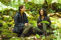 Katniss-and-Rue-The-Hunger-Games