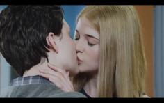 Becky kiss