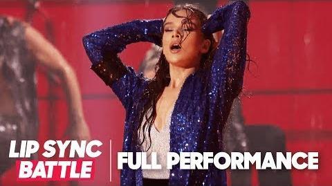 "Hailee Steinfeld's ""The Way You Make Me Feel"" Lip Sync Battle Live A Michael Jackson Celebration"