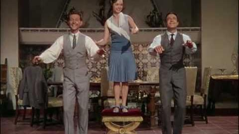 "1080p HD ""Good Morning"" ~ Singin' in the Rain (1952)"
