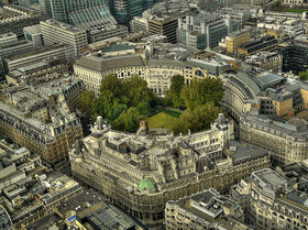 800px-Finsbury Circus