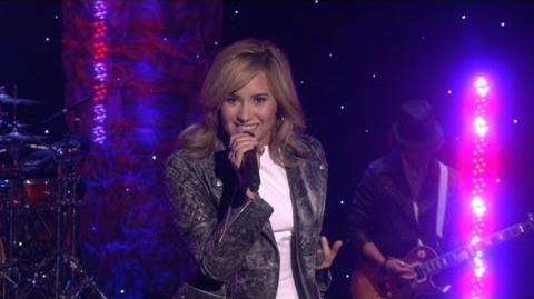 Demi Lovato Performs 'Heart Attack'