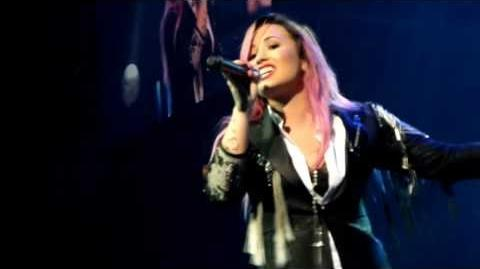 "Demi Lovato ""Let It Go"" Performance at Neon Lights Tour San Jose"