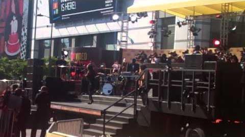 Demi Lovato - 2012 MTV VMAs Performance