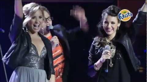 Demi Lovato - Skyscraper (Live at 2012 Fanta Irresistible Awards)