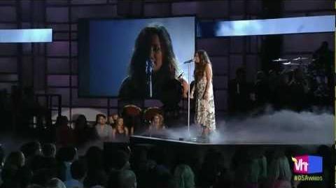 Demi Lovato - Skyscraper (Live At Do Something Awards 2011)