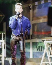 Dave Gahan 1986-01