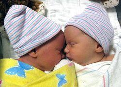 Isabel and Samantha Kahle