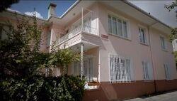 4353 Wisteria Lane In Turkish Version