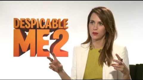 Kristen Wiig Interview - Despicable Me 2