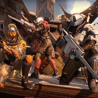 PlayStation「限定」コンテンツを飾るガーディアンを特徴とするファイアチーム。
