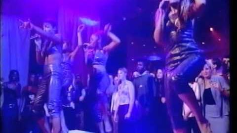 Destiny's Child - Bills, Bills, Bills (Live TOTP) 1999