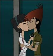 Tina and Lee Kissing!!