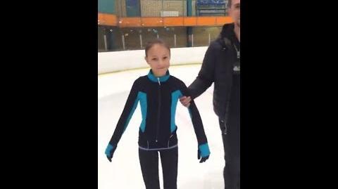 Анна Щербакова вкатывается после травмы