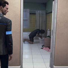 Connor vor Hanks Badezimmer