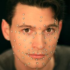 Dechart mit Motion Capture-Punkten im Gesicht
