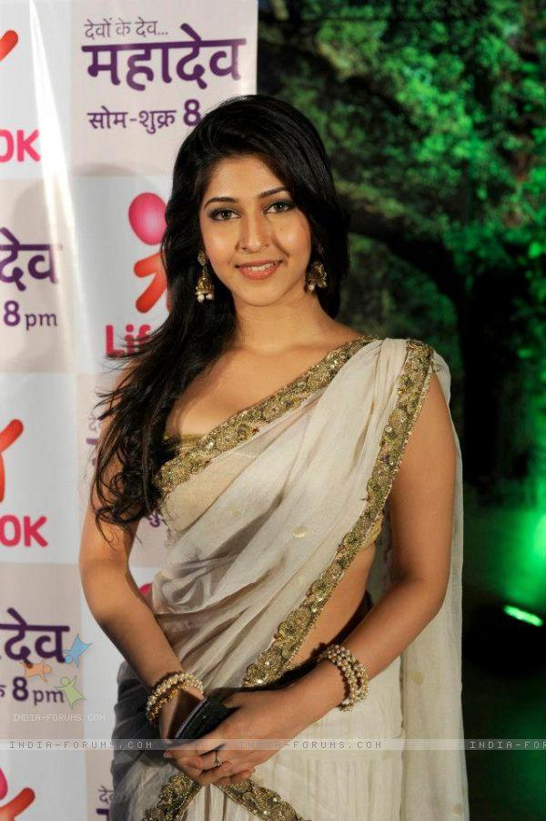 sonarika bhadoria died in car accident