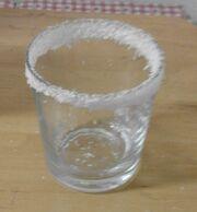 Glas mit Kokosrand