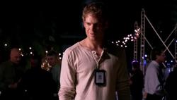1x01 Dexter 82