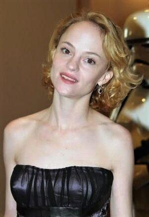 Angela Bettis 1