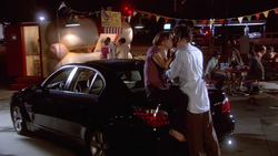 1x07 - Circle of Friends 11