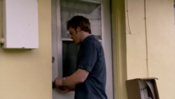 1x01 Dexter 67