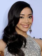 Aimee-garcia-at-alma-awards-in-pasadena 1