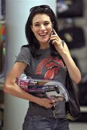 Jaime Murray4